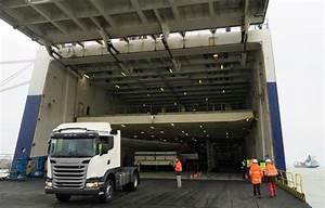 Probleme Nouveau Trafic 2016 : 350 camions scania embarquent montoir sur la milk run med ~ Medecine-chirurgie-esthetiques.com Avis de Voitures
