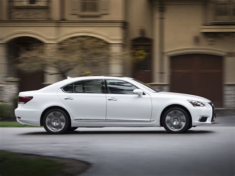 Lexus Ls Photo by Lexus Ls 600 H Photos Photogallery With 35 Pics