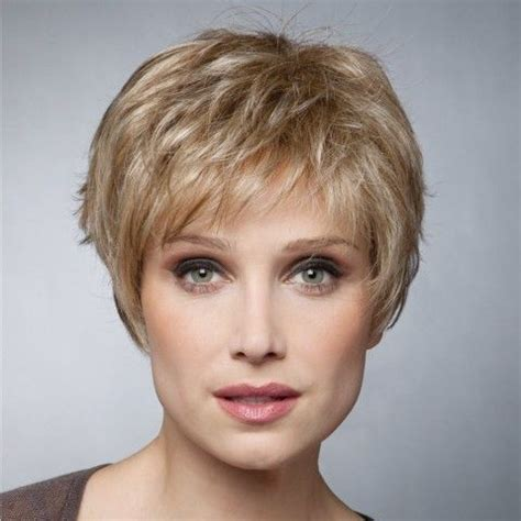 modele de coiffure courte coiffure courte effilee femme korta frisyrer coiffures courtes coiffures et