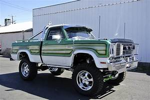 1976 Dodge Power Wagon Custom Pickup