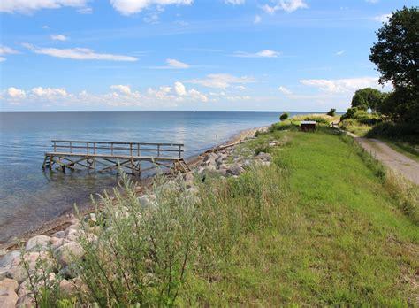 Kommune) in region of southern denmark, located entirely on the island of langeland and a number of smaller surrounding islands. Boek een vakantie in een vakantiehuis in Hov, Langeland ...