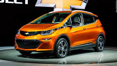Chevrolet Bolt 2016 by Chevrolet Bolt Cool Cars From The Detroit Auto Show