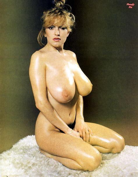Lingerie Milf Big Tits Vintage