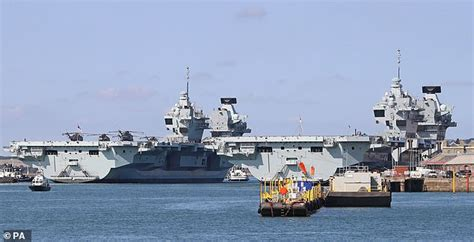 £6.4bn Navy aircraft carriers 'won't be able to do their ...