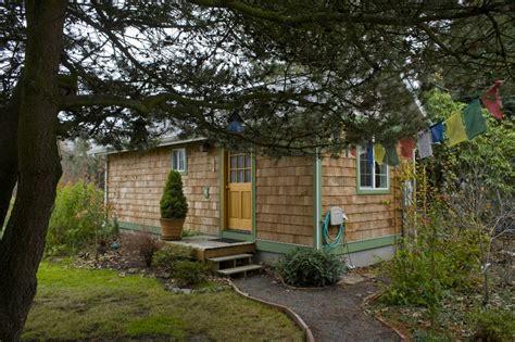 Small Houses Go Big-time