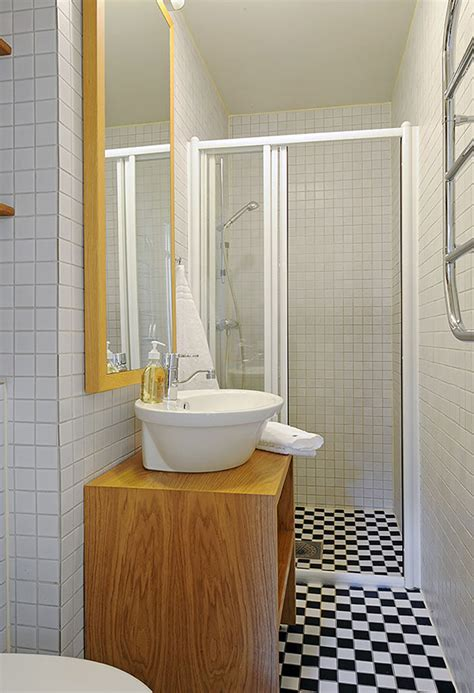 space saving bathroom layouts Iroonie com
