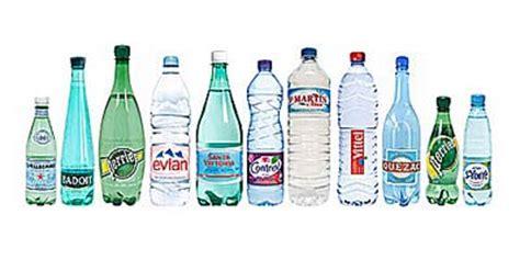 la chambre en espagnol l eau en bouteille est dangereuse madinin