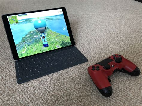 can t play on iphone why you can t play fortnite mobile with a controller