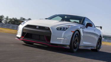 nissan gt  nismo review price  specs pictures evo