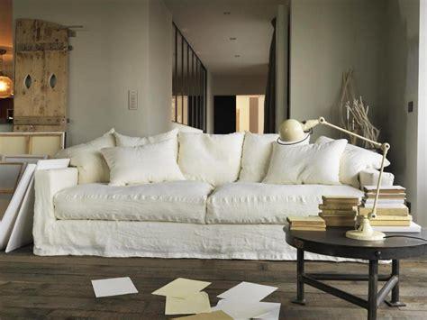 idée canapé salon avec un canapé blanc 12 idées déco s 39 inspirer