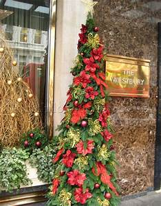 how to decorate your christmas tree with flowers flowers With christmas tree decorations with flowers