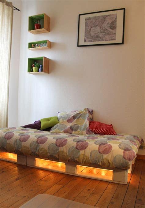 idees de lits en palette pour votre chambre page  sur