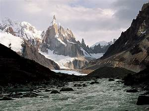 The National Parks of Argentina make up a network of 30 ...