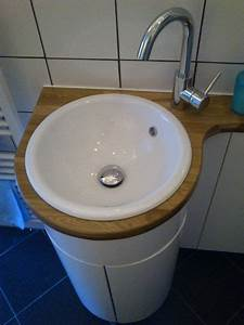 workshop With curved bathroom units