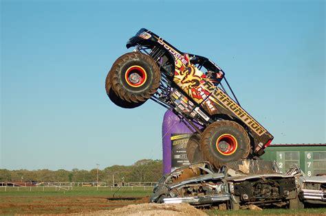 monster trucks video extreme monster truck nationals video