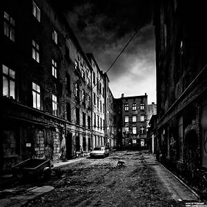 Photography: snapshots of a Dead City, images that convey ...