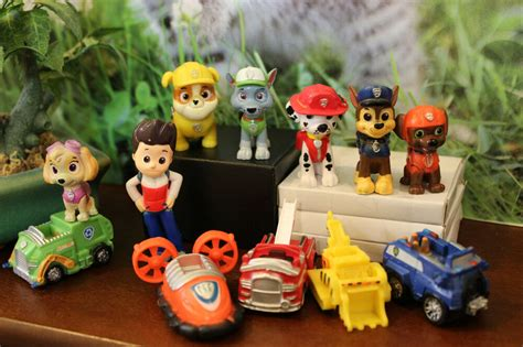 Nickelodeon Paw Patrol Deluxe Marshall Rubble Chase Rocky