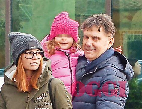 Fabrizio Frizzi Carlotta Mantovan Fabrizio Frizzi Con La Moglie Carlotta Mantovan E La
