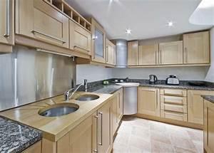 deco cuisine embellissez votre espace dosseret 23 idees With kitchen cabinets lowes with papier cadeau enfant