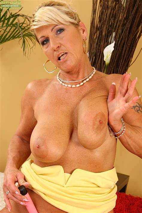 Hot Blonde Mature Mama Stripping And Teasing With Her Hairy Pussy And Big Saggy Boobs The Milf