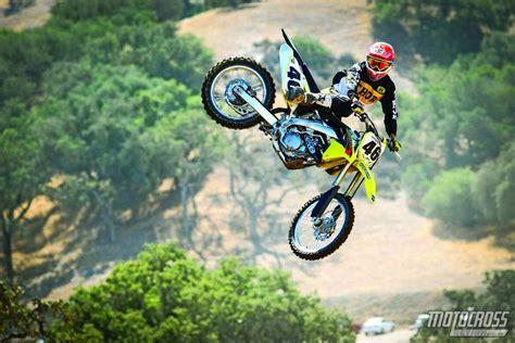 motocross bikes motocross action magazine mxa 39 s 2015 suzuki rm z450