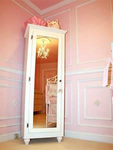 Kleiderschrank Mit Platz Für Fernseher : der kinderzimmer schrank unter den wichtigsten m beln im ~ Michelbontemps.com Haus und Dekorationen