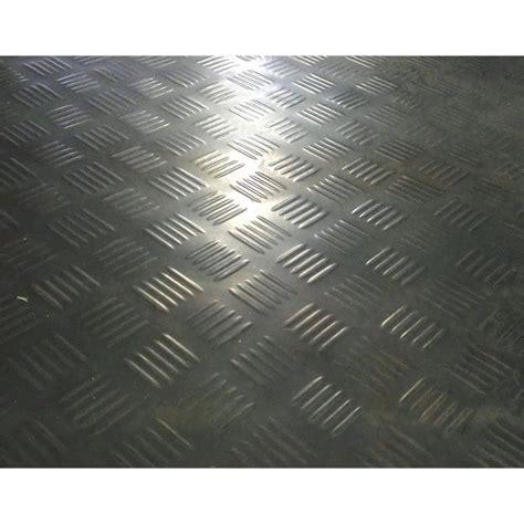 Ideal 1m Black Check Plate Rubber Matting Sheet   Bunnings