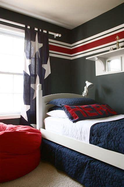 stripes   wallkhaki background