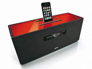 Soundbox Mit Radio : loewe soundbox mit dockingstation f r iphone und ipod ~ Kayakingforconservation.com Haus und Dekorationen