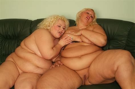 Naughty Blonde Bbw Melinda Shy And Faye Kneading Their