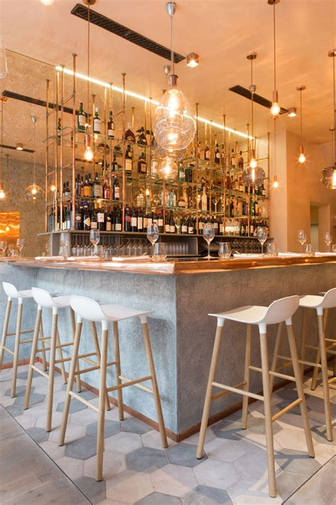 london restaurant impresses  lots  copper beauty