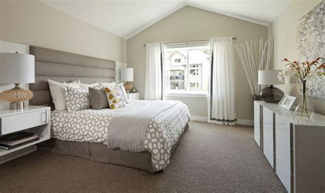neutral bedroom colours 20 gorgeous and neutral master bedrooms 12690