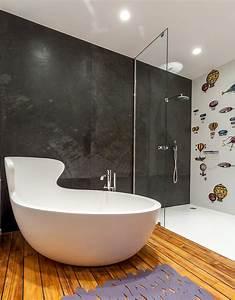Badewanne Für Kleines Bad : kleine und moderne badezimmer mit badewanne freshouse ~ Bigdaddyawards.com Haus und Dekorationen