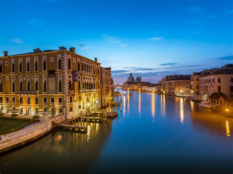 evening time  grand canalvenice italy wallpaper hd
