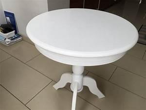 Runder Beistelltisch Weiß : runder beistelltisch im landhausstil wei durchmesser 50 cm ~ Indierocktalk.com Haus und Dekorationen