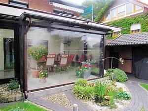 Wetterschutz rollos einfach naturstein terrasse mit for Terrassen rollos