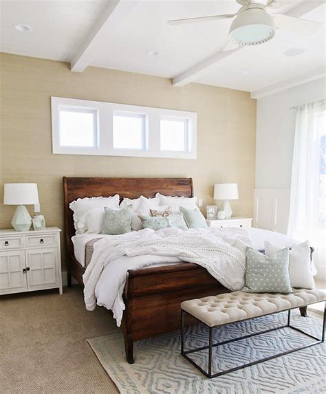 Bedroom Decor Ideas With Brown Furniture by Four Chairs Furniture Beautiful Bedrooms Wood Bedroom