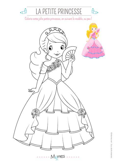decoration pour chambre fille coloriage de princesse avec modèle momes