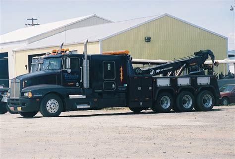 truck car black tow truck