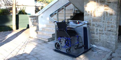 Pedana Per Disabili by Montascale A Pedana Per Disabili Albatrossnet 174