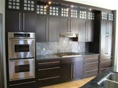 space between kitchen cabinets and ceiling 31 best moda kitchen cabinets images on pinterest