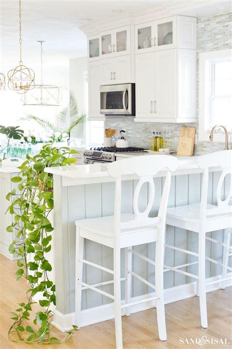 coastal kitchen decorating ideas  spring sand  sisal