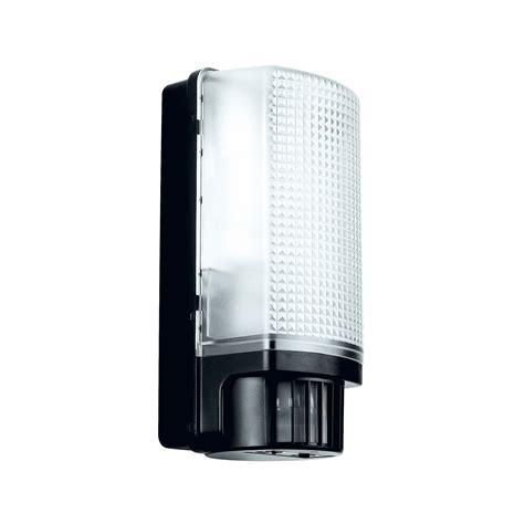 blooma larcia black 60w mains powered external pir bulkhead wall light departments diy at b