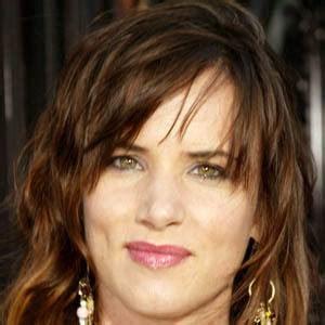 actress juliette lewis bio juliette lewis bio facts family famous birthdays