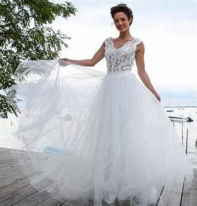2016 new two pieces long a line sheer lace top tulle skirt With lace top tulle skirt wedding dress