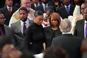 Bishop Eddie Long burial photos in $100,000 coffin ...