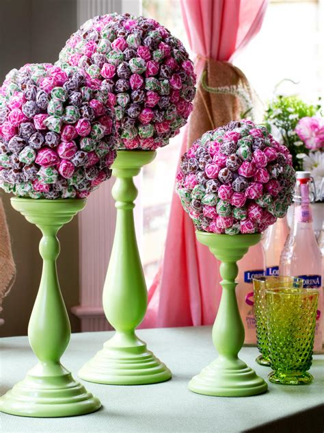 lollipop topiary centerpiece  tos diy