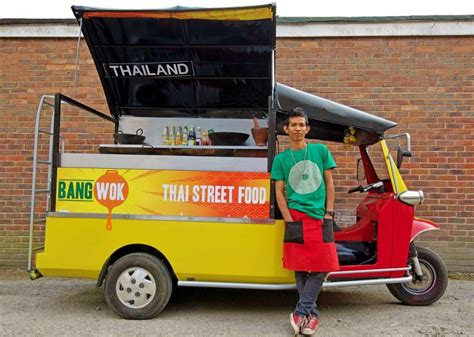 tuk tuk cuisine bangwok food trucks roaming hunger