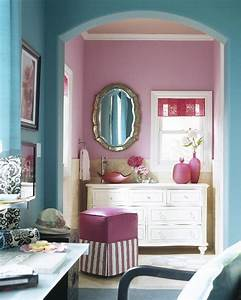 Little inspirations pink and turquoise bedroom for Turquoise and pink bathroom