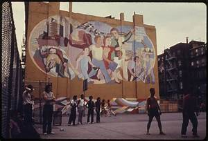 File:WALL PAINTING IN HELL'S KITCHEN OF MANHATTAN, NEW ...